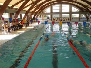 La oferta de aquarunnig de la piscina municipal de Chipiona se da a conocer con una sesión práctica
