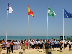Chipiona inaugura la temporada alta de playas con un importante incremento de la dotación y servicios