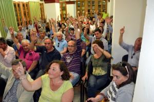 LA PRESIDENTA Y  ALCALDES DE LA MANCOMUNIDAD DE MUNICIPIOS DEL BAJO GUADALQUIVIR  INCLUMPEN SENTENCIAS JUDICIALES