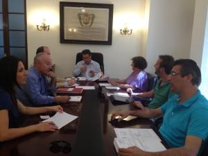 La Junta de Gobierno Local aprueba el proyecto de reparación de la cornisa de los edificios de Camacho Baños