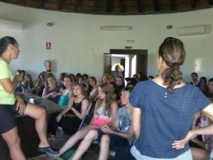 70 estudiantes islandeses y españoles visitaron el centro «El Camaleón»