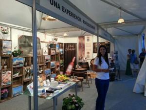 """ACITUR y Ayuntamiento participan desde ayer en la feria  """"Andalucía saber y sabor"""" en las carreras de caballos de Sanlúcar"""