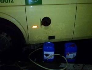 Detenidos por la Policía Local de Chipiona mientras robaban cien litros de gasoil de autobuses