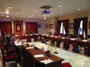 18 alumnos y alumnas de cuarto de primaria protagonizaron una sesión plenaria infantil para conmemorar el día de la Constitución