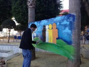 """El programa de Diputación """"Sumamos"""" trae a Chipiona """"8 grafitis por el Milenio"""""""