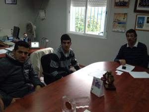 Agustín Lorenzo garantiza el apoyo municipal al nuevo club Triatletas de Caepionis