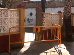 Educación y Servicios Municipales reparan desperfectos ocasionados por el temporal en el Colegio Lapachar