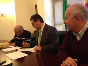 Ayuntamiento, CEPSA y CANS firman un convenio para la continuidad de las actividades didácticas en el Centro del Camaleón
