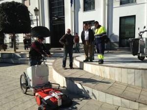 Dos nuevas máquinas modernizan la limpieza viaria de paseos marítimos y zonas peatonales