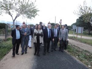 El Ministro de Medio Ambiente, Miguel Arias Cañete, inaugura  la Vía Verde de Chipiona