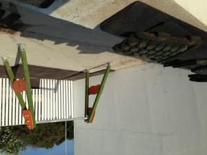 El Ayuntamiento de Chipiona concluye el asfaltado de los dos patios del centro de Los Argonautas situado en la Laguna