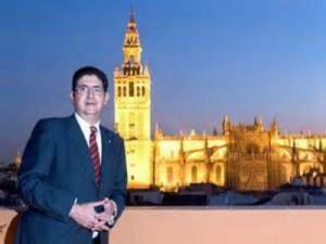 Jose Joaquin Gallardo, Eva Gonzalez, Sergio Ramos y El Pali, medallas de la ciudad de Sevilla 2014