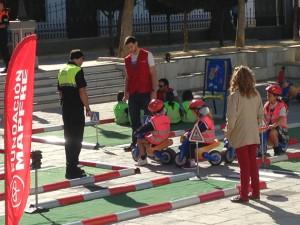 Más de dos centenares de escolares de infantil participan en la actividad Peque-seguros dentro del programa de Educación Vial