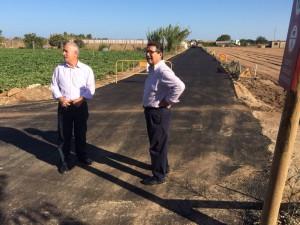 Antonio Peña afirma que con el Camino de La Talona se cierra un importante anillo asfaltado en un área agrícola clave