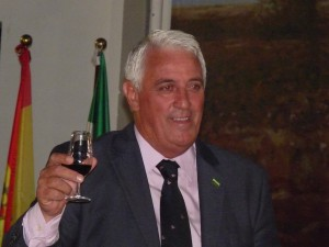 Manuel Jurado ofreció un pregón del moscatel muy chipionero y juradista..-