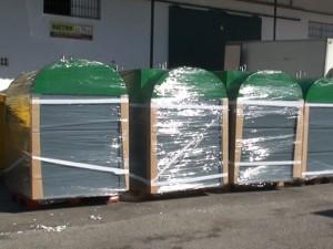 Chipiona incorpora los diez modernos contenedores en superficie con el triple de capacidad que los existentes hasta ahora