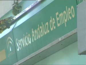El paro en Chipiona se reduce en julio en 322 personas y cumple quince meses seguidos bajando