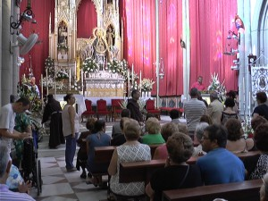 Más entidades que nunca en la ofrenda floral a la Virgen de Regla con motivo de las fiestas patronales