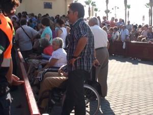 Fiestas habilita por tercer año un espacio para que las personas con discapacidad puedan ver la salida de la Virgen de Regla