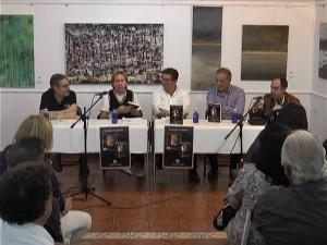 """Santiago Escalante presentó en Chipiona su obra """"Madre amadísima"""" en forma de novela."""