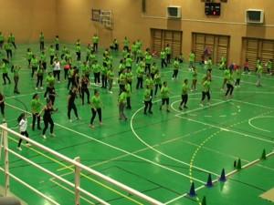 El Fitnnes Day pone el broche en Chipiona más de un mes de promoción del deporte en familia