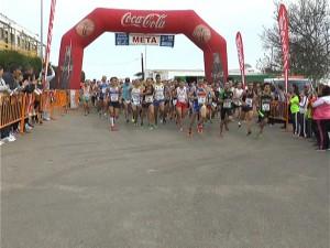 Más de 400 atletas participaron en la Carrera de La Reyerta