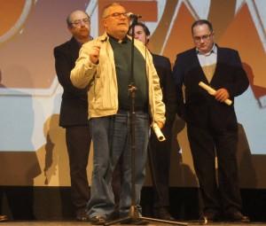 Juan Mellado distinguido en la gala del programa Temperamento por su labor de difusión de la copla