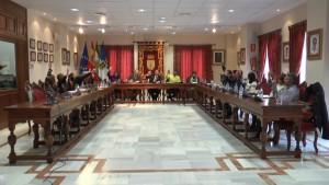 Un convenio entre Ayuntamiento y el Consorcio de Transportes de la Bahía mejorará el servicio y pondrá en marcha el billete único