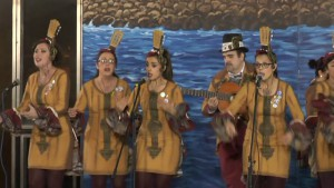 """La comparsa femenina La música en tus manos primer premio en el Concurso de Popurrí Manuel Camacho Francés """"El Chusco"""""""