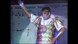 Juan Carlos Zamora llama a vivir el carnaval con un pregón desenfadado e irreverente como sus romanceros más sonados