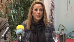 La candidata a la Alcaldía de Chipiona por el PA se compromete a reabrir la oficina de Endesa en la localidad.