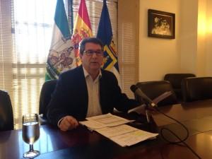 NNGG agradece al alcalde , Antonio Peña, la puesta en marcha de un nuevo plan de empleo para jóvenes.
