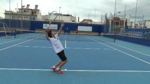 Tres tenistas del Club de Tenis de Chipiona jugarán finales del torneo Solera Motor