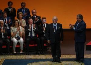 Tony Benítez Medalla de Oro de Sevilla