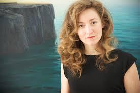 La escritora Julia Montejo se encontrará con los lectores este viernes en el Hotel Monterrey Costa