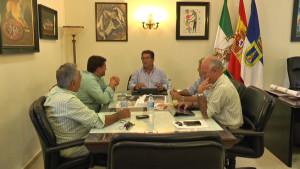 Antonio Peña traslada al Jefe de la Demarcación de Costas la necesidad de actuar en varias zonas de nuestro litoral.