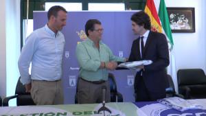 Las playas de Chipiona suben un peldaño más en la gestión de calidad con las certificaciones internacionales ISO 14001 y 9001