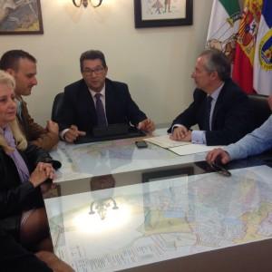Ayuntamiento y Subdelegación del Gobierno comienzan a trabajar en el dispositivo especial de seguridad de Alrumbo 2016