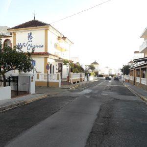 El Ayuntamiento de Chipiona llevará a cabo la pavimentación de trece calles de la localidad mediante el Plan Invierte 2017