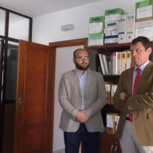 La nueva coordinadora provincial de Educación Vial de la DGT visita Chipiona para conocer el programa que se imparte en los colegios