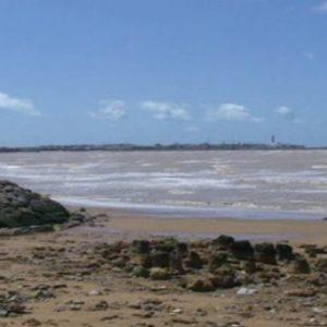 La Alcaldesa y el delegado de Playas piden al Ministerio de Medio Ambiente que retome el proyecto del paseo marítimo de Montijo y restablezca la escollera
