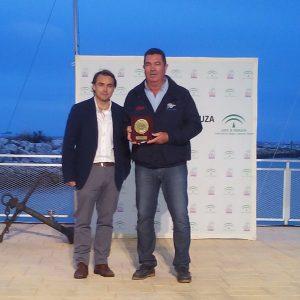 Eduardo Bueno recibirá el sábado un reconocimiento de la Federación andaluza de vela
