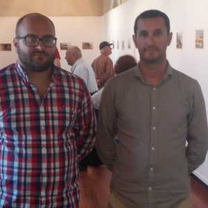 Inaugurada en el Castillo la muestra fotográfica 'Momentos' del chipionero Paco Malia