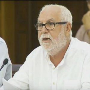 Antonio Alba en una sesión plenaria.