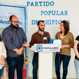 Nuevas Generaciones presenta la campaña para los jóvenes Tú decides el futuro de Chipiona
