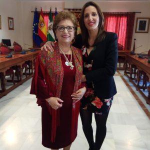Chipiona reconoce la labor humana y profesional de María Dolores Zarazaga con motivo del Día Internacional de las mujeres