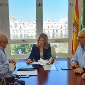 Rafael Pastorino pide en el encuentro del Consejo Territorial con la Junta el desdoble de la carretera que une Rota con Chipiona