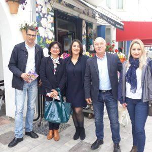 La número uno de Ciudadanos al Congreso apoya la candidatura de Manuel Rodríguez y dice que llevará a Las Cortes los problemas de la flor cortada