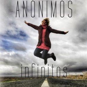La periodista Marina Bernal presenta 'Anónimos infinitos' en la Feria del Libro de Sevilla