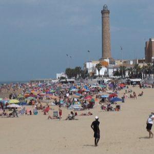 Quioscos con Q de calidad y nuevos aseos y lava-pies novedades de las playas chipioneras para la temporada estival